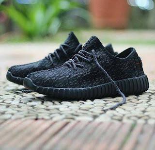 Sepatu Adidas Yezzy Terbaru