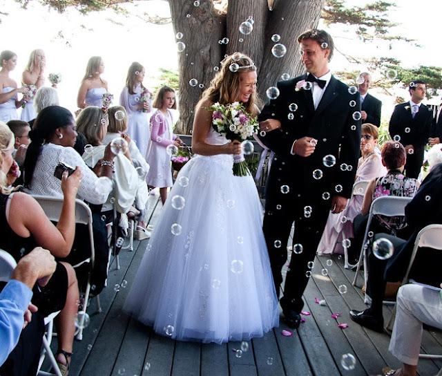 Wedding Photographer Bubbles