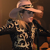 "FOTOS HQ Y VIDEO: Primer show del ""Bud Light x Lady Gaga Dive Bar Tour"""