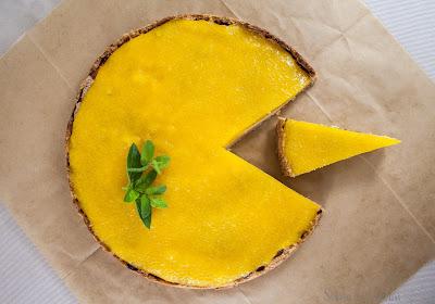 Serowa tarta z mango