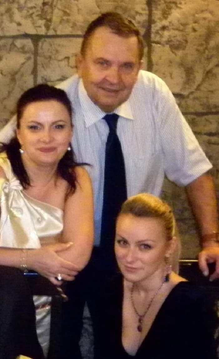 Renata a fost casatorita cu tatal Andreei