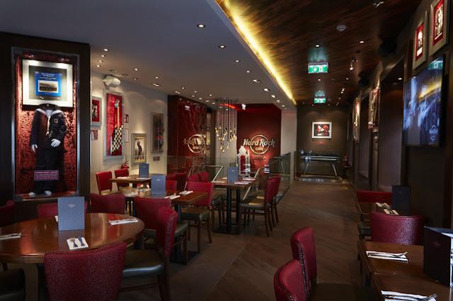 Faça uma tradicional ida ao Hard Rock Café de Viena