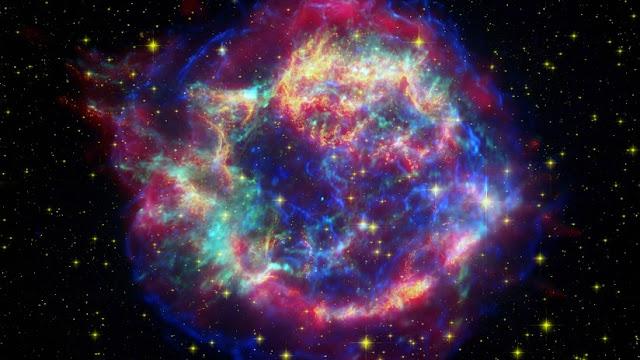 Detectan tres estrellas 'zombies' que siguen vivas incluso después de la explosión de su núcleo