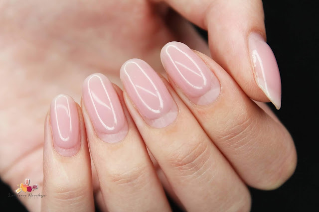 Victoria Vynn - Mega Base Pink