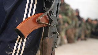 """مراسلات تكشف هلع ميليشيات """"حزب الله"""" في """"إدلب"""""""