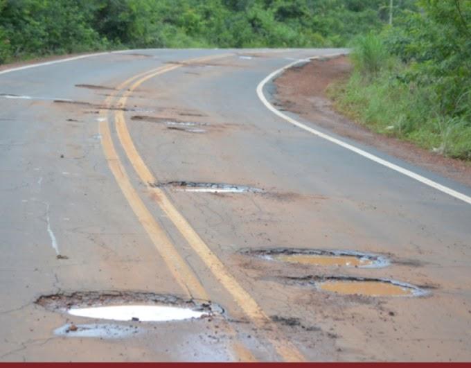 Agricultor cai em buraco na rodovia e ganha R$ 10 mil por danos morais