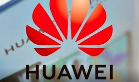 Huawei to launch operating system in October, says analyst