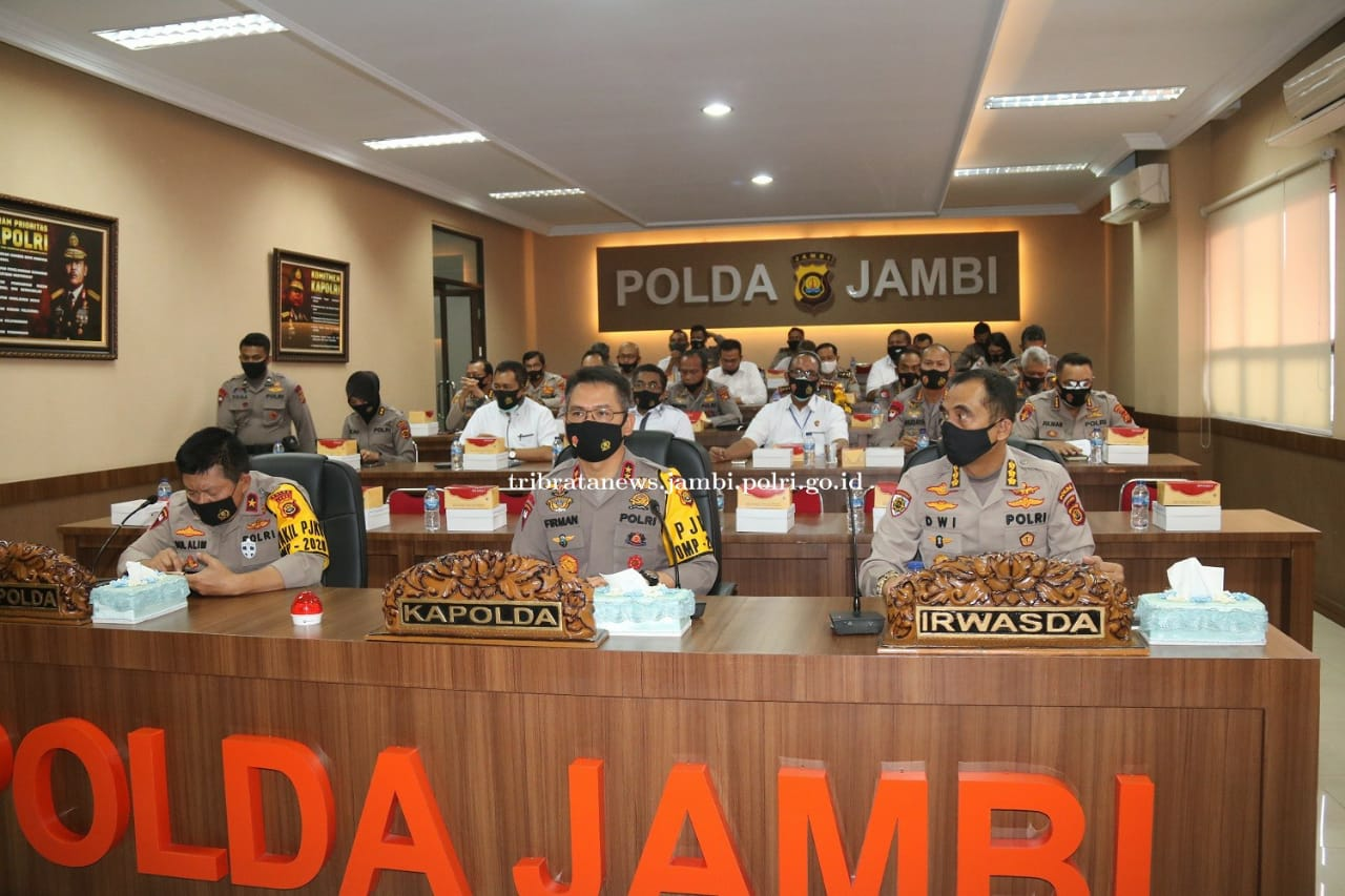 Kapolda Jambi Hadiri Vicon rapat Kerja Kapolri dengan Komisi III DPR RI