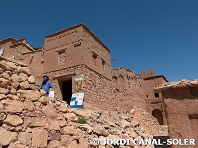 Casas y tiendas de Ait ben Haddou