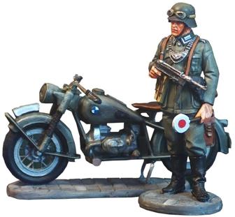 figura pintada escala 1/30 policia militar BMW R75-5
