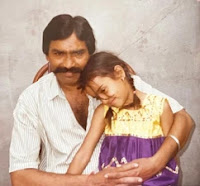 surbhi jyoti with here father