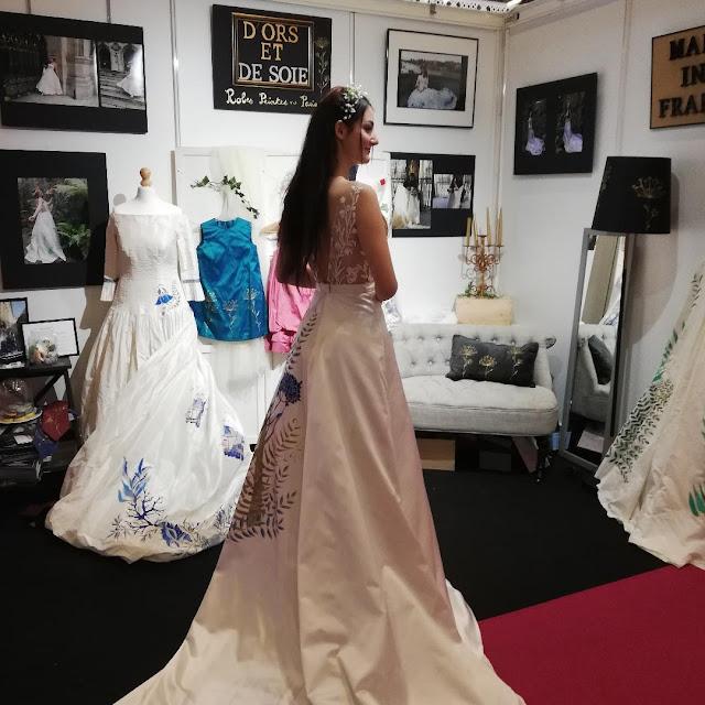 robe agapanthe portée par Eleonore Renauldon