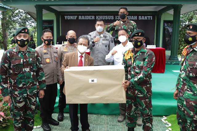 Ketua DPRD Kepri Beri Pembekalan ke Prajurit Raider Khusus 136/TS Yang Akan Ditugaskan ke Perbatasan Papua