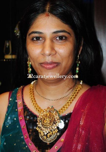 Swetha Reddy in Temple Jewellery