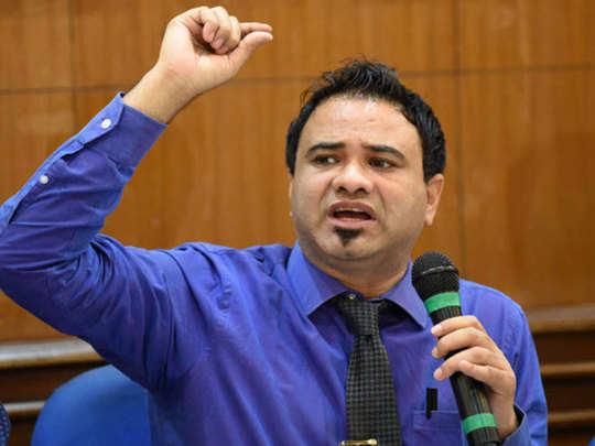 डॉक्टर कफील खान को अभी तक क्लीन चिट नहीं, जांच जारी: Up Govt News