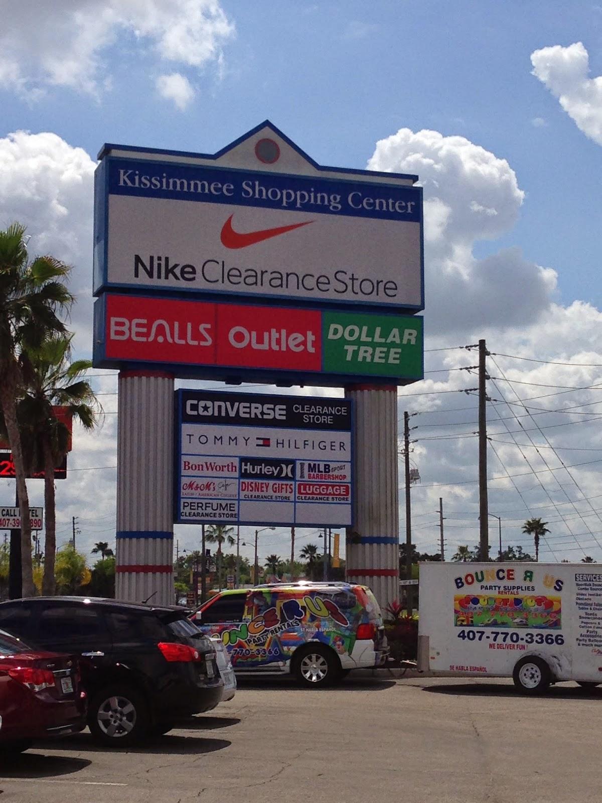 537bdcc78 ... sapatos na Converse, malas Luggage, entre outros e com preços mais  baixos que os Outlets de Orlando, a melhor opção é o Kissimmee Shopping  Center.