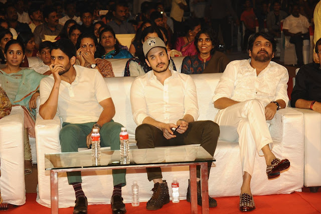 naga chaitanya, akhil, nagarjuna at ONV audio launch