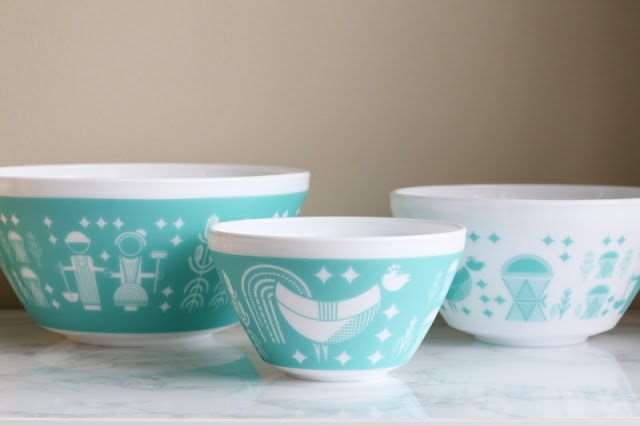 Inspired by Vintage Pyrex - butterprint inspired bowls
