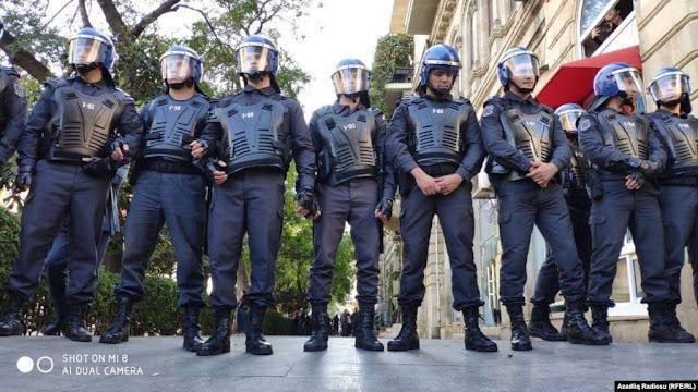 Detienen a opositores en protesta en Bakú