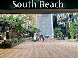 South Beach avenue (viewed from Esplanade MRT exit)