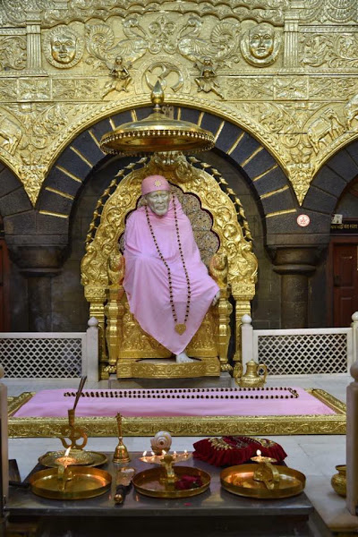 साईं बाबा की सेज आरती | Shej (Retiring Night) Arti - Sai Baba Arti - Hindi Lyrics
