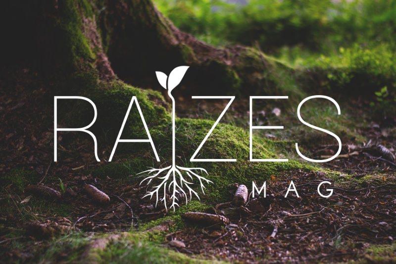 Árvore com logo da Raízes Mag