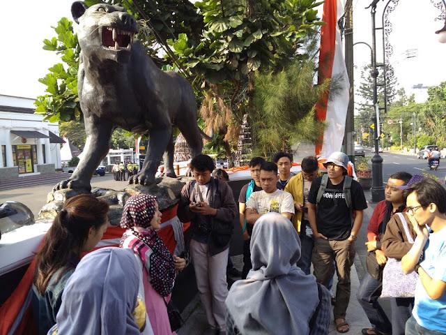 patung macan polres bandung ngaleut