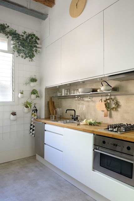 Small Kitchens  6 Ideas for Decorating  1