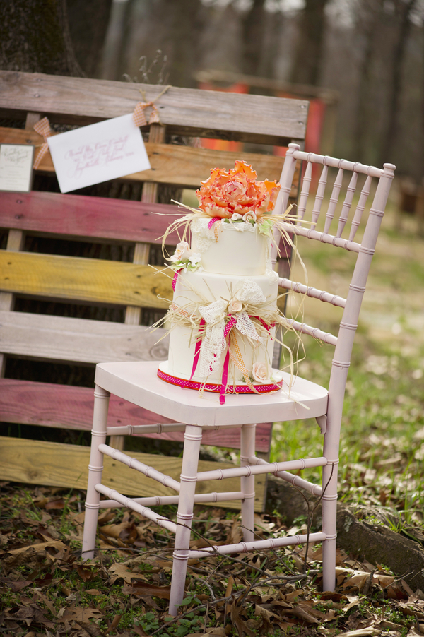 bride+groom+boho+bohemian+chic+orange+pink+yellow+rustic+valentine+valentines+day+february+winter+spring+wedding+cake+bouquet+petticoat+dress+gown+table+setting+floral+arrangement+centerpiece+tangerine+melissa+mccrotty+photography+38 - The Valentine Ombre