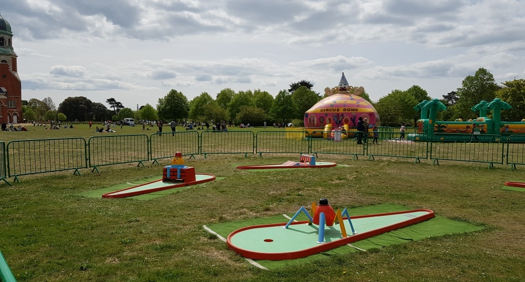 The Ham And Egger Files Crazy Golf And A Miniature