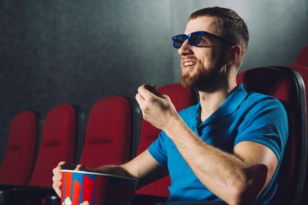 5 Manfaat Luar Biasa Menonton Film