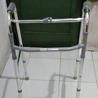 Tongkat Alat Bantu Jalan / Tongkat Walker / Tongkat Lipat