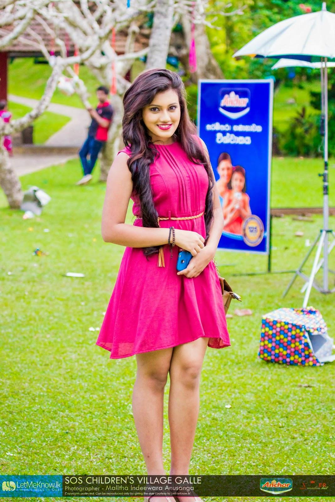 Shanudri Priyasad hot dress