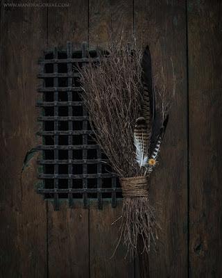 Handmade Besom Broom, Broomstick, Mandragoreae by Victoria Francés