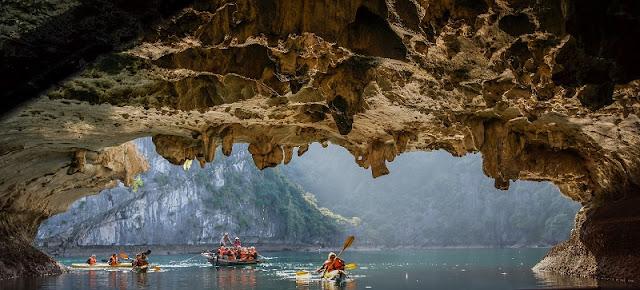 Guide to kayaking in Vietnam