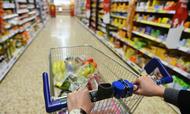10 Cara Efektif Untuk Menghindari Hasrat Belanja Berlebihan