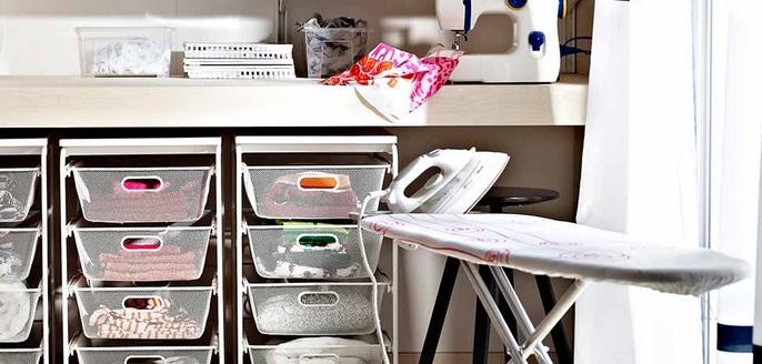 Ordena el lavadero incluyendo cajas de plástico