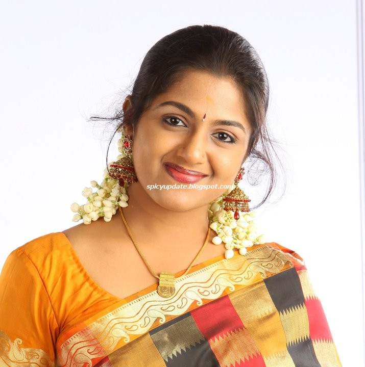 Asianet Serial Kumkumapoovu Actress Anjana Haridas Stills