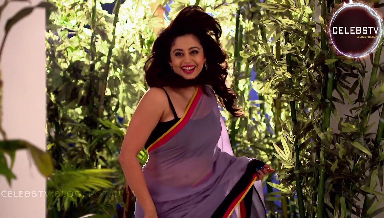 Neha Pendse Sexy Photos