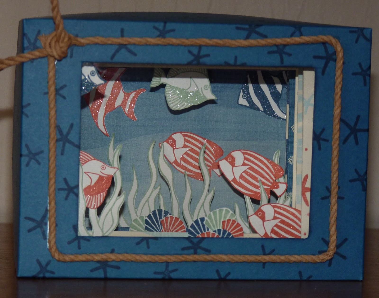 b a et ses petits papiers home d cor aquarium. Black Bedroom Furniture Sets. Home Design Ideas