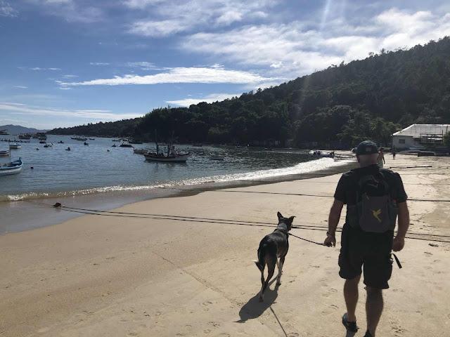 Praia Ganchos de Fora