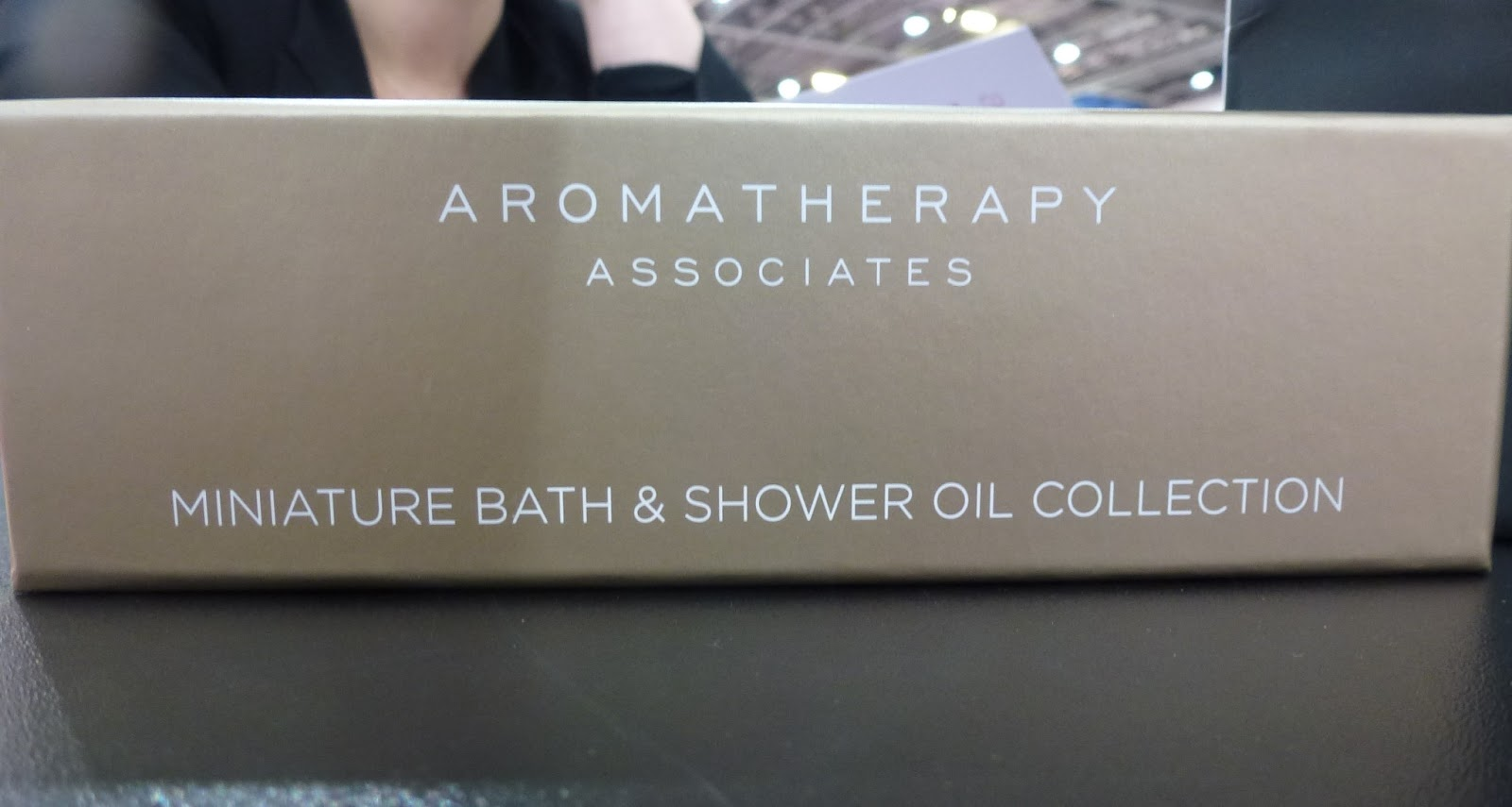 aromatherapy-associates-oils
