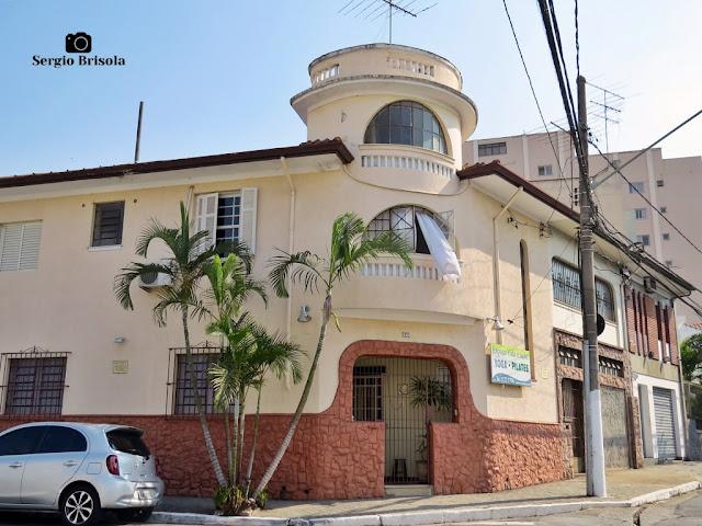 Vista ampla de Casa antiga na Rua Moreira e Costa - Ipiranga - São Paulo