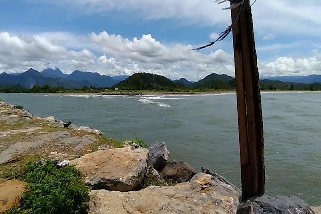 Pantai Lamno
