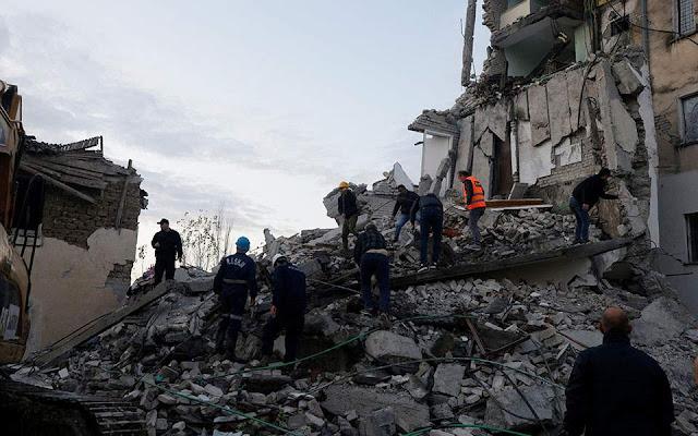 7 νεκροί και 325 τραυματίες από τον μεγάλο σεισμό στην Αλβανία