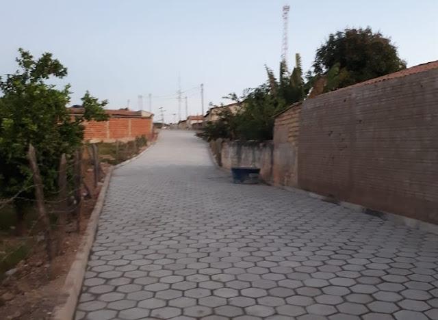 Piatã/BA: Prefeitura avança nas obras de pavimentação em paralelepípedo no Distrito de Inúbia
