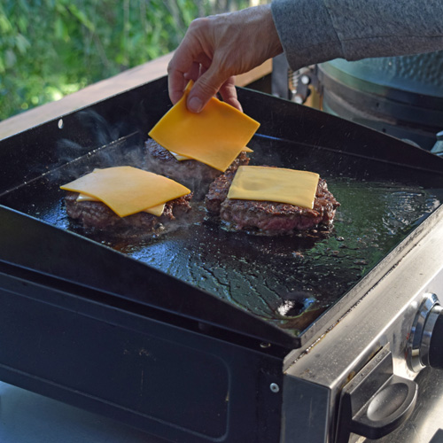 Cheeseburgers on the Blackstone flat top griddle