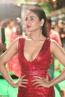 Parul Yadav in Sleeveless Deep Neck Red Gown at IIFA Utsavam Awards March 2017 068.JPG