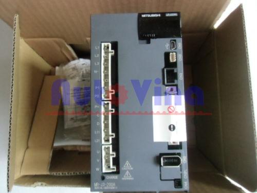 Đại lý bán Servo Mitsubishi MR-J3-200A công suất 2kW, 1.5kW