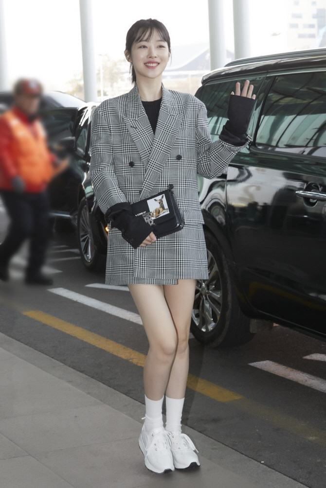 [Airport Fashion] 190224 Sulli @ Gimpo Airport